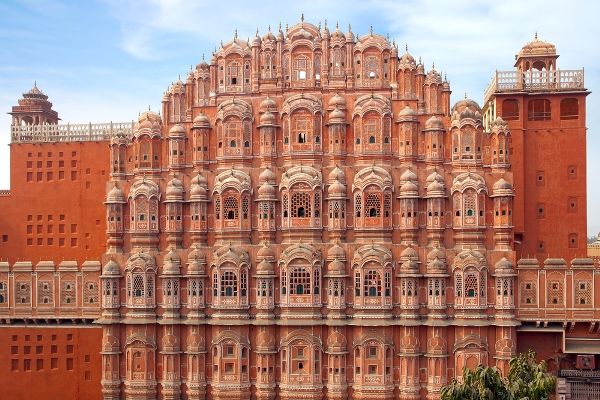 Hawa-Mahal-Udaipur-city-tourism-best-tour-company-in-udaipur-rajasthan